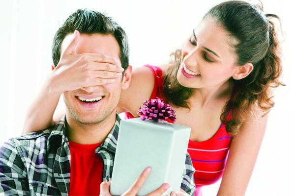 Valentine Day: प्यार जताने का नायाब तरीका...