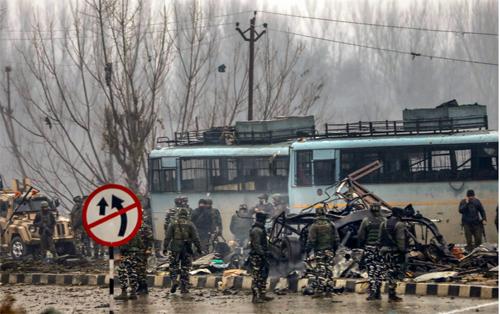 Photos: आतंकी हमले से दहला कश्मीर