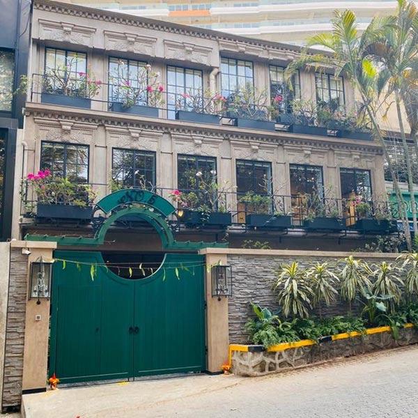 PICS: कंगना रनौत ने मुंबई में खरीदा शानदार स्टूडियो