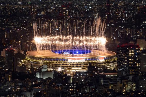 टोक्यो ओलंपिक 2020 का रंगारंग समापन