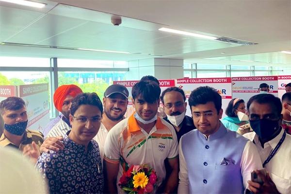 भारतीय ओलंपिक दल भव्य स्वागत
