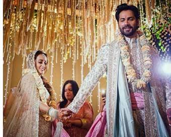 वरुण धवन ने नताशा संग लिए सात फेरे, शेयर की शादी की पहली तस्वीर